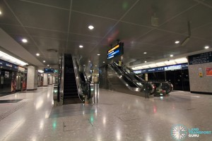 Bayfront MRT Station - Lower Platform level (Platforms C & D)