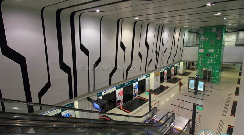 Rochor MRT Station - Overhead view of platform from concourse level