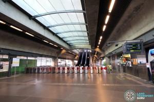 Expo MRT Station - Passenger Service Centre & Faregates