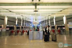 Changi Airport MRT Station - Passenger Service Centre & Faregates