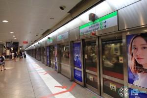 Bugis MRT Station - EWL Platform A