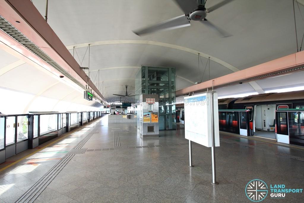 Pasir Ris MRT Station - Platform level