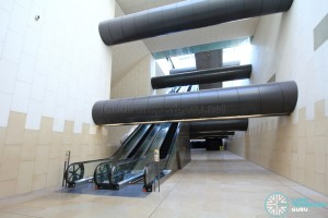 Transfer hall escalators (B4)
