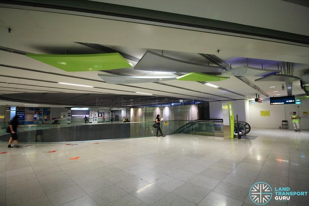 Esplanade MRT Station - Esplanade Xchange above West concourse