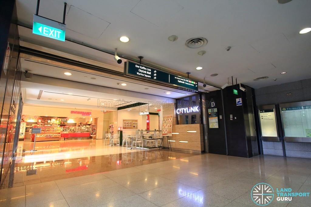 Esplanade MRT Station - Mezzanine link to CityLink Mall from East concourse