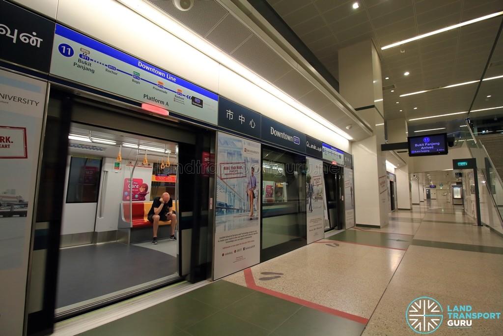 Downtown MRT Station - Platform A