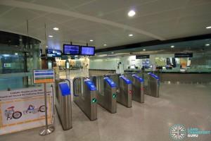 Telok Ayer MRT Station - Passenger Service Centre & Faregates