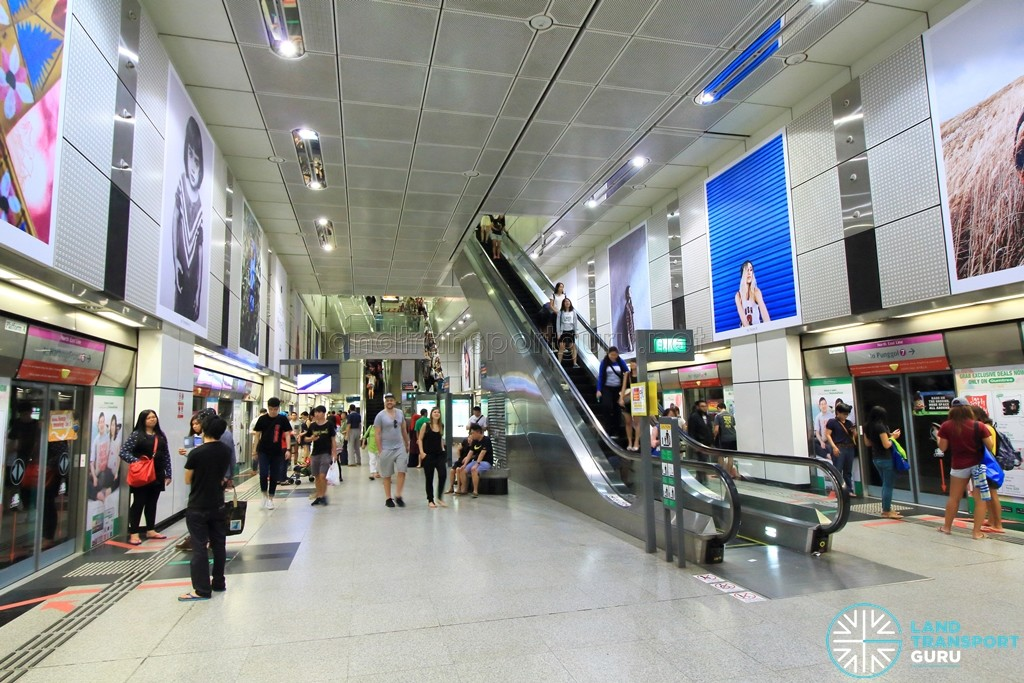 Dhoby Ghaut MRT Station - NEL Platform level