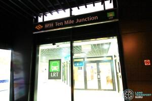 Ten Mile Junction LRT Station - Street level entrance