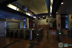 Petir LRT Station - Station concourse