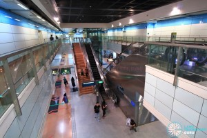 Tai Seng MRT Station - Overhead view of platform from concourse level