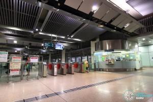 Bartley MRT Station - Passenger Service Centre & East Faregates