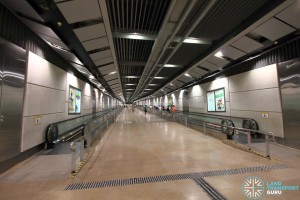 Serangoon MRT Station - CCL Paid link ascending to NEL concourse