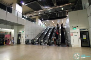 Serangoon MRT Station - CCL Platform level