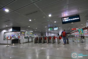 Holland Village MRT Station - Passenger Service Centre & Faregates