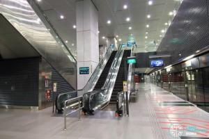 Buona Vista MRT Station - Platform B