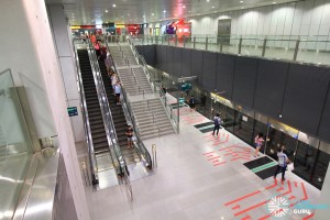 Buona Vista MRT Station - Overhead view of platform from concourse level