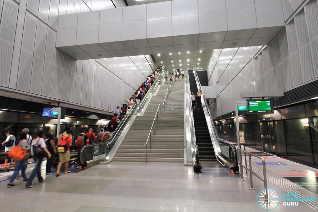Kent Ridge MRT Station - Platform level