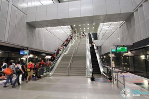 Kent Ridge MRT Station - Platform level