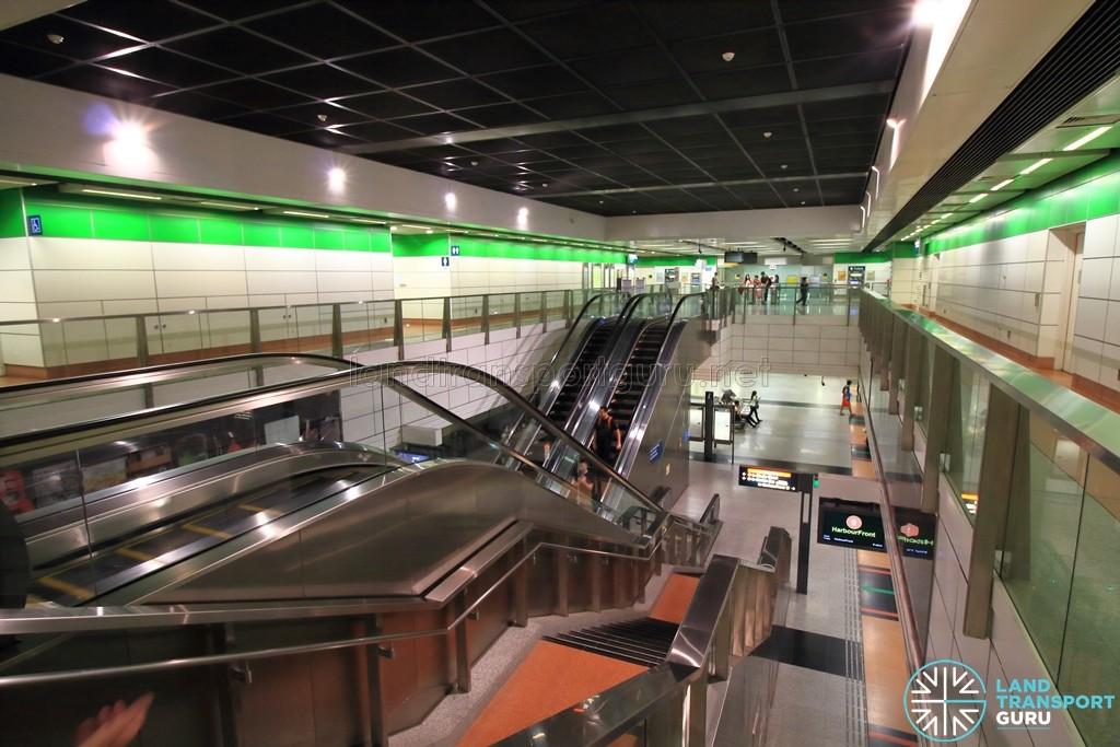 Dakota MRT Station - Overhead view of platform from concourse level