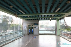 Buona Vista MRT Station - EWL Platform level (L4) - Lift to CCL Transfer level and Street level