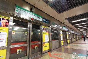 City Hall MRT Station - Platform D (EWL East Bound)
