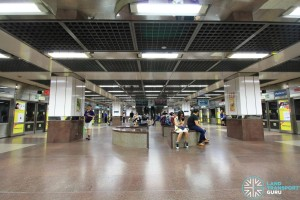 City Hall MRT Station - Lower Platform level (B3)