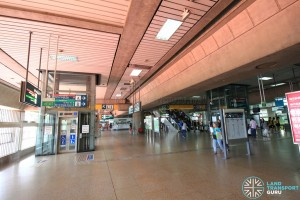 Jurong East MRT Station - Transfer Concourse (L2)