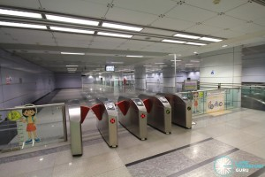 Potong Pasir MRT Station - Faregates
