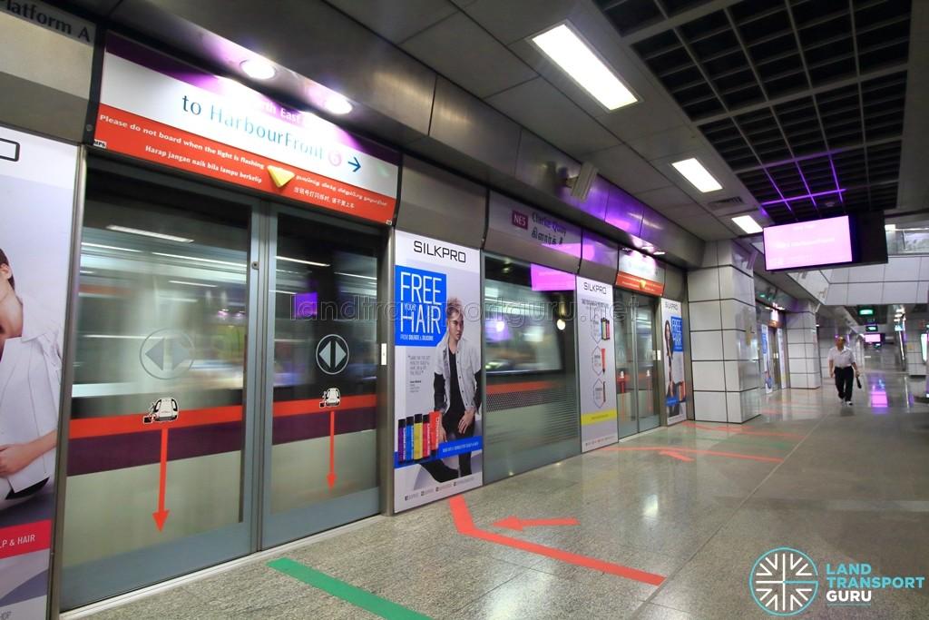 Clarke Quay MRT Station - Platform A