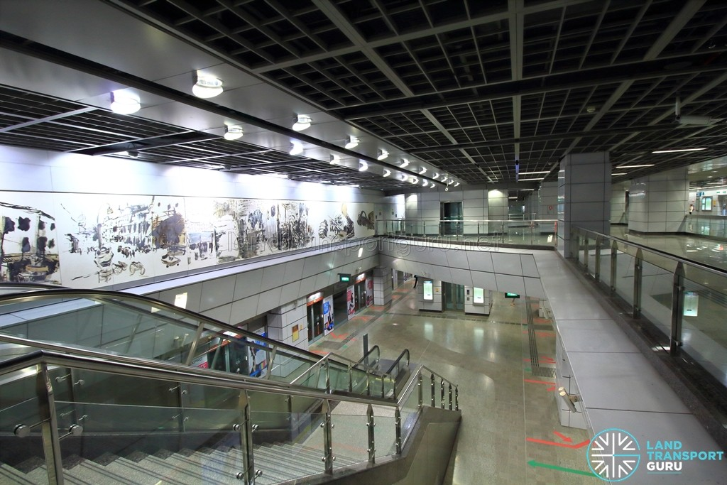 Clarke Quay MRT Station - View of platform level from concourse