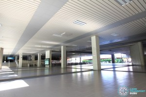 Jurong East MRT Station - Central ground concourse, formerly occupied by Jurong East Street 12 which bisected the station