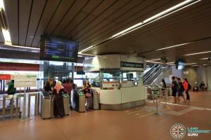 Bukit Gombak MRT Station - Passenger Service Centre & Faregates