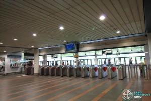 Kranji MRT Station - Passenger Service Centre & Faregates