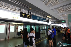 Sengkang MRT/LRT Station - SKLRT Platform level