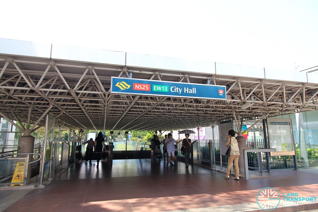 City Hall MRT Station - Exit B
