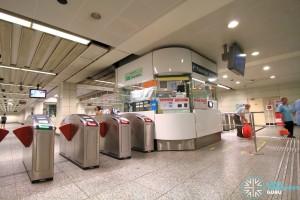 Tiong Bahru MRT Station - Passenger Service Centre & Faregates