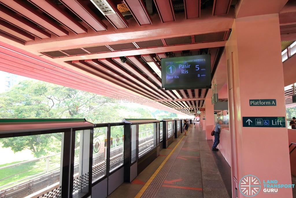Redhill MRT Station - Platform A