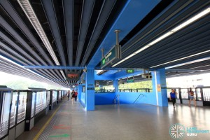 Queenstown MRT Station - Platform level