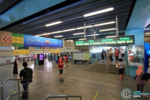 Clementi MRT Station - North Ticket Concourse - Linkbridge to Exits A and B