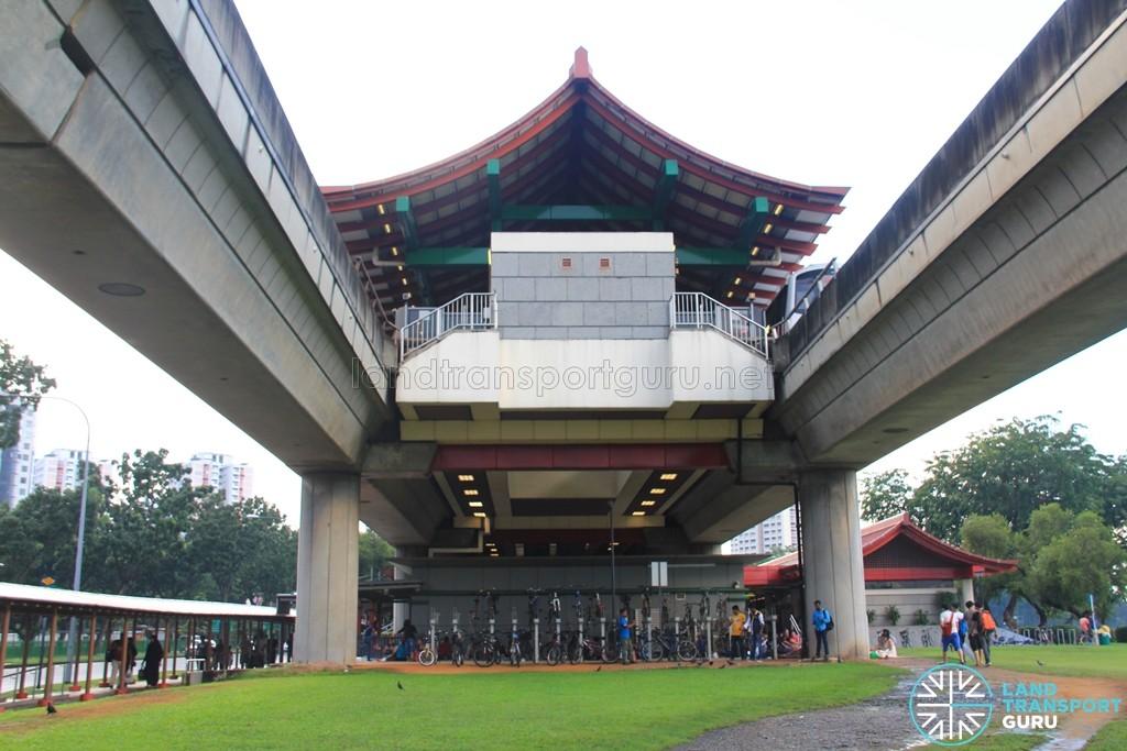 Chinese Garden MRT Station - Station exterior