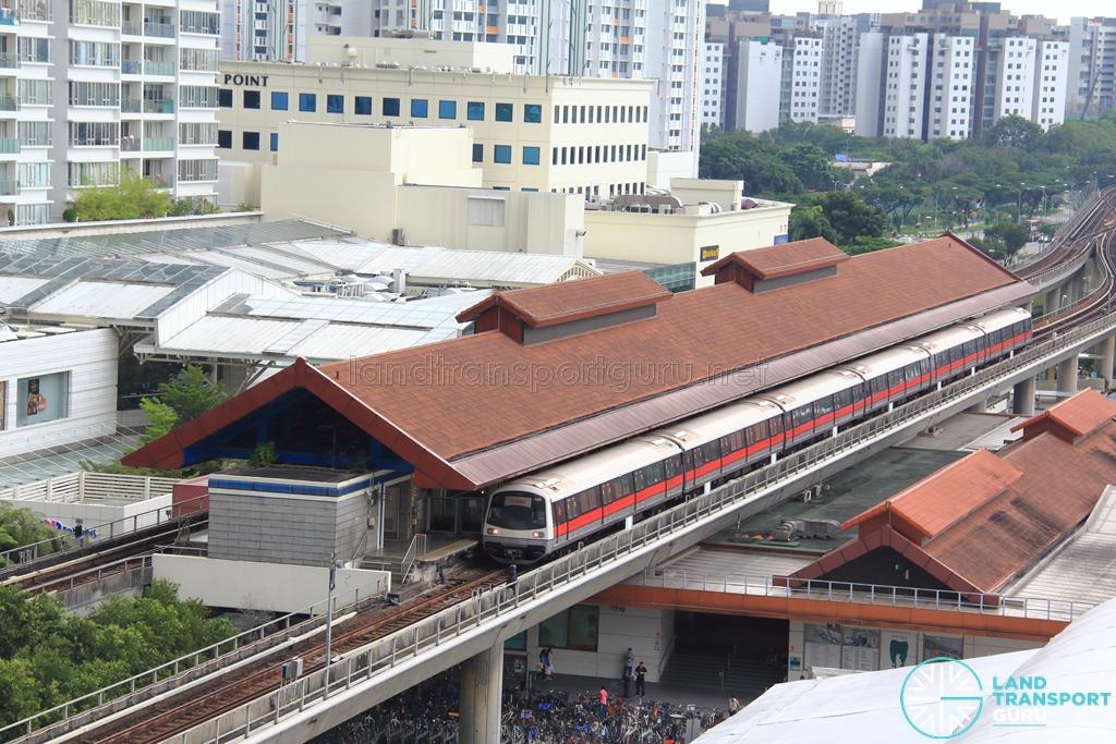 Boon Lay MRT Station - Exterior