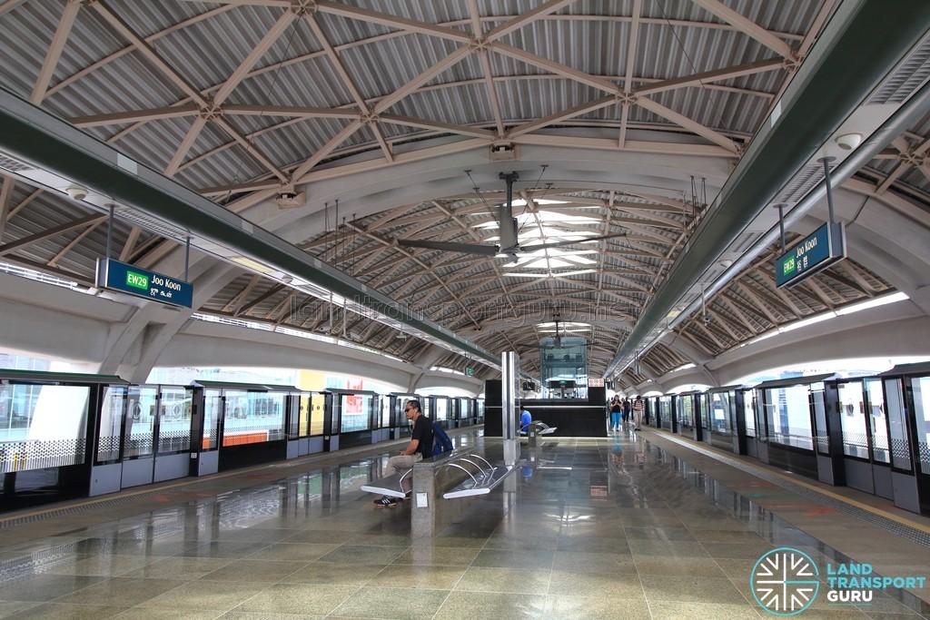 Joo Koon MRT Station - Platform level