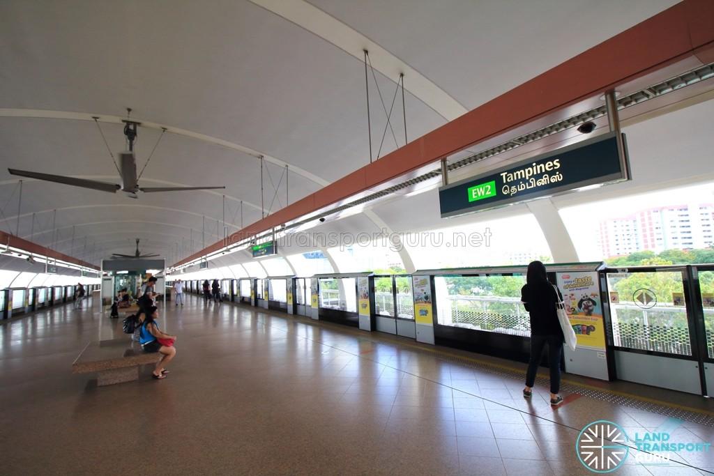Tampines MRT Station - EWL Platform level (L2)