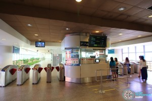 Simei MRT Station - Passenger Service Centre & Faregates