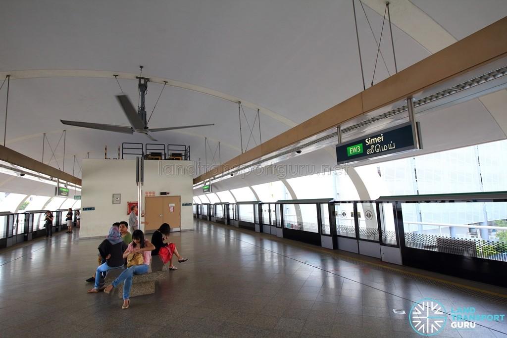 Simei MRT Station - Platform level