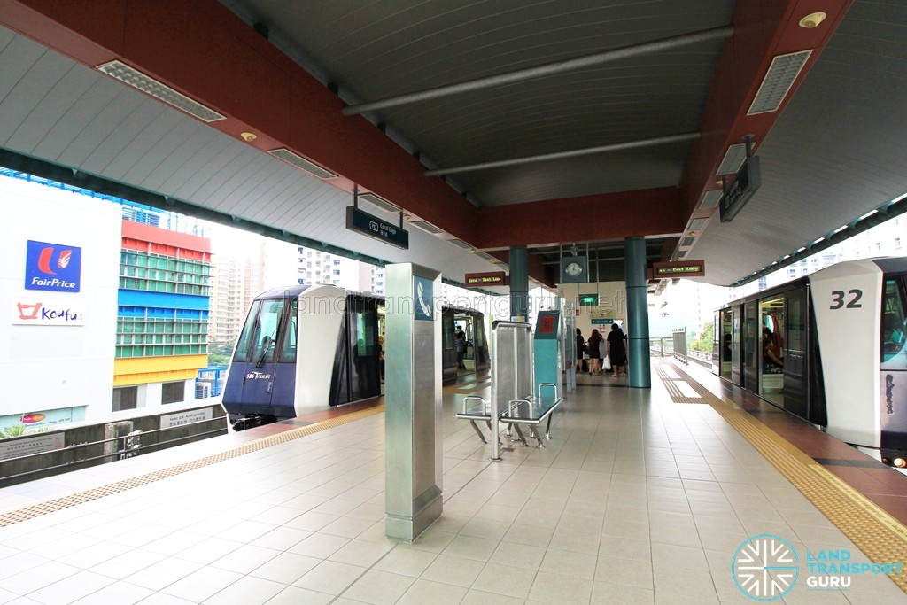 Coral Edge LRT Station - Platform level