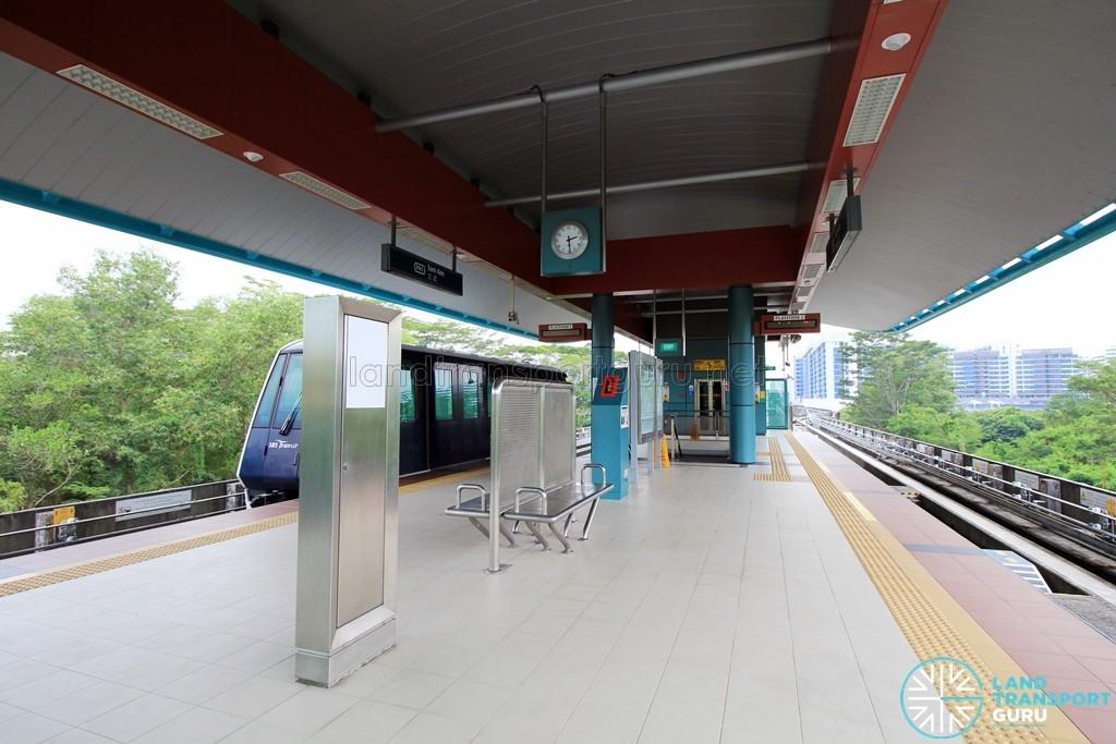 Sam Kee LRT Station - Platform level