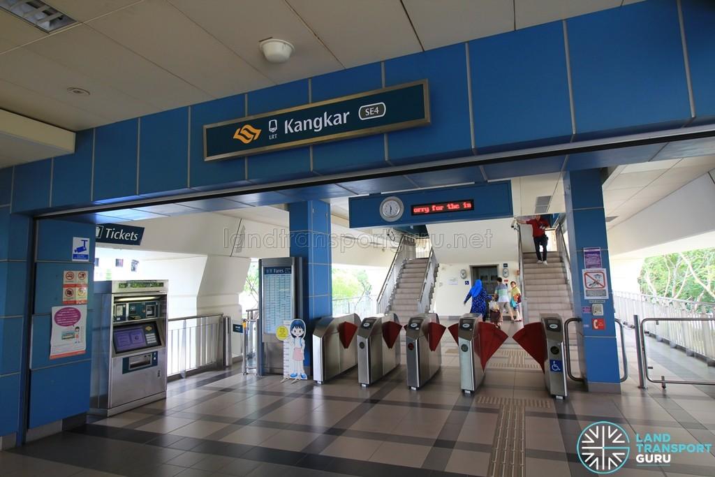 Kangkar LRT Station - Concourse level faregates