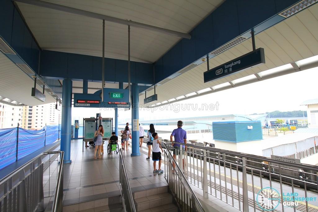 Tongkang LRT Station - Platform level during single platform operation